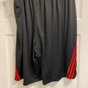 2XL Black and red adidas athletic shorts